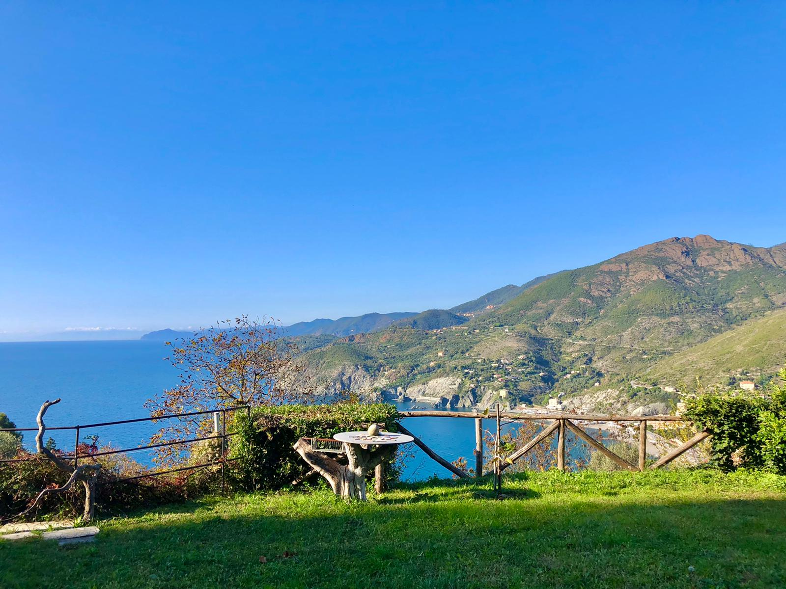 Ligurian seaview apartment